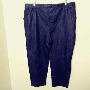 Venezia leather pants. Plus size black